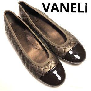 NWOT VANELi Serene quilted leather ballet flat 7N